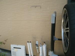 ガス給湯器取替工事(川辺郡)既設給湯器撤去後。