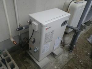 石油給湯器取替工事(洲本市)本体設置固定完了後